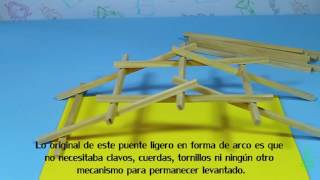 Puente autoportante. Experimentos (Divertiaula). Building a Leonardo da Vinci bridge.