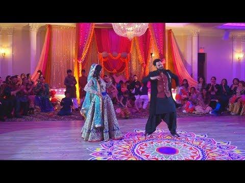 Bride and Groom Surprise Mehndi Dance Performance 2017