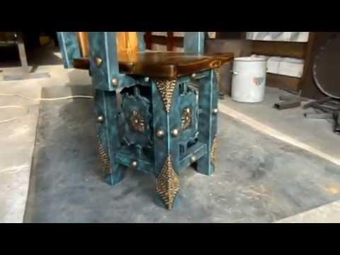 Мебель под старину из массива дерева и металла для беседок, бань