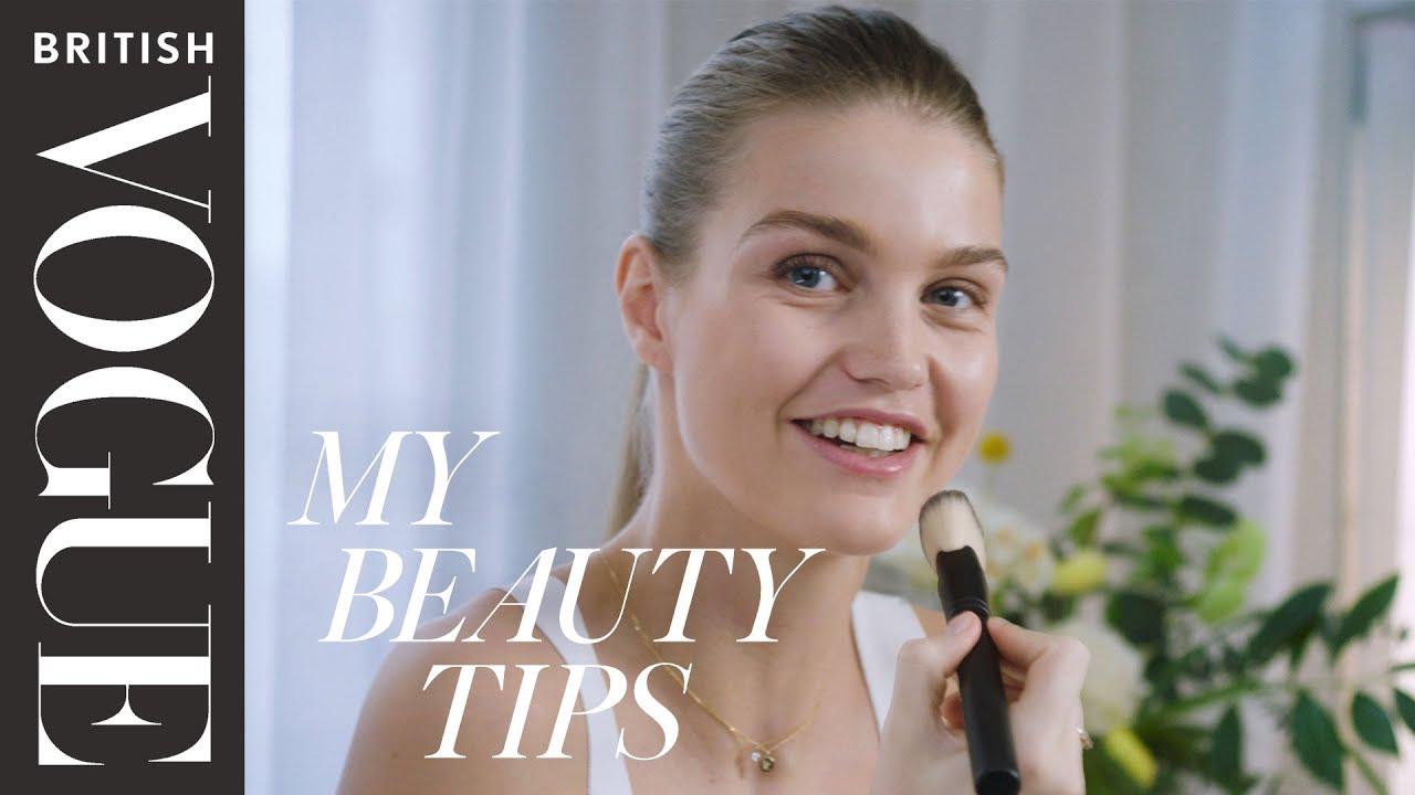 Model Luna Bijl's 5-minute Relaxed-Glam Makeup Routine | British Vogue