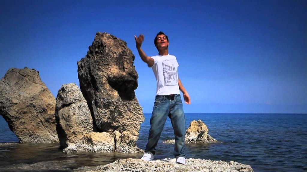 Download Jeronimo featuring Stay-C - I Am No Superman (Official Video)