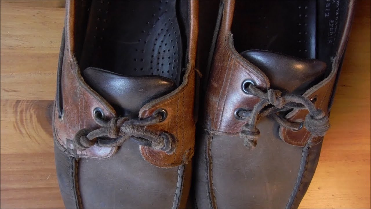 How to Tie Boat Shoes - YouTube