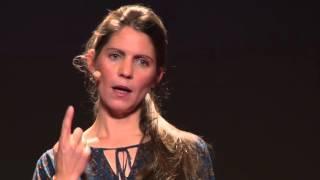 Ceux a qui les poubelles donnent | Pascale Chouatra | TEDxSaintBrieuc