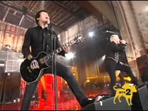 My Chemical Romance - Our Lady Of Sorrows LIVE on MTV 2 Dollar Bill