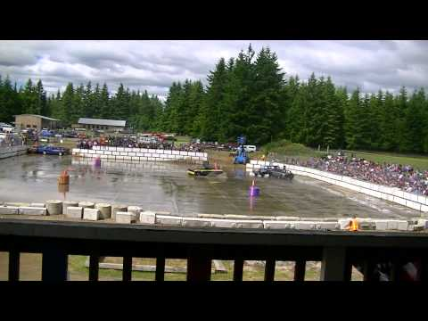 Forks old fashioned 4th of July DEMO DERBY 2012 (HD)