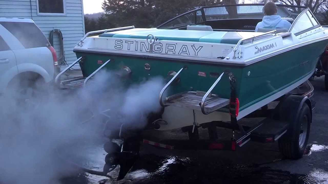 How To Find Exhaust Leak >> 1989 Stingray SVC 200 - Hardin Marine Exhaust - 350 Magnum - YouTube