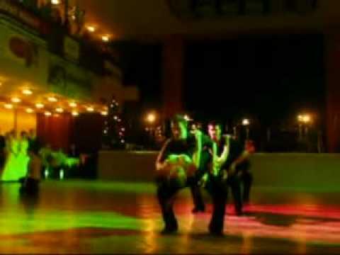 Tancuj s námi