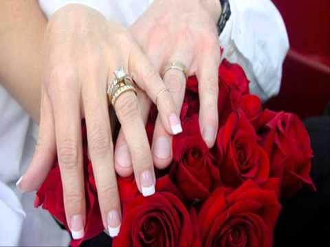 งานแต่งแบบบ้านๆ ชุดแต่งงานราคาถูกที่สุด