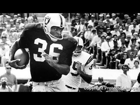 Oakland Raiders Clem Daniels Remembered At Oakland City Council