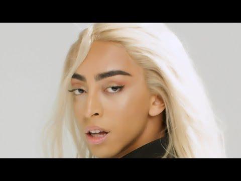 Смотреть клип Bilal Hassani - Ailleurs