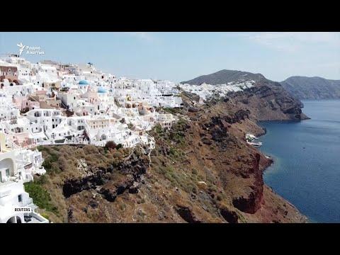 Как Европа спасает летний туристический сезон