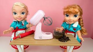Baking a Birthday Cake! Elsa & Anna toddler dolls - messy - real ingredients - toy kitchen