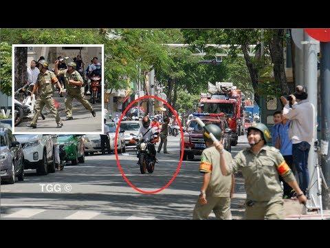 Biker KTM bị ăn gậy của dân phòng vì cản đường xe chữa cháy | Biker Blocks Fire Trucks
