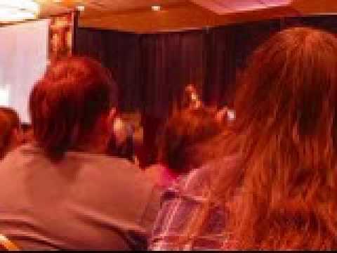 Supernatural NJ Con 2010  Katherine Boecher on Jared's Muscles Again