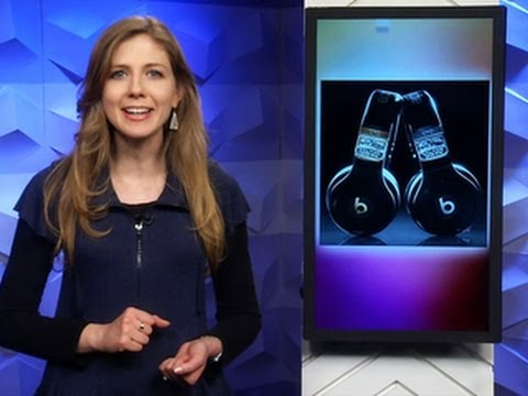CNET Update - Headphones Fit For The Super Bowl