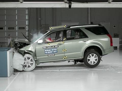2004 Cadillac Srx Moderate Overlap Iihs Crash Test Youtube