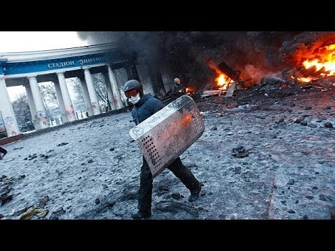 Unrest in Ukraine as opposition leaders give ultimatum to President