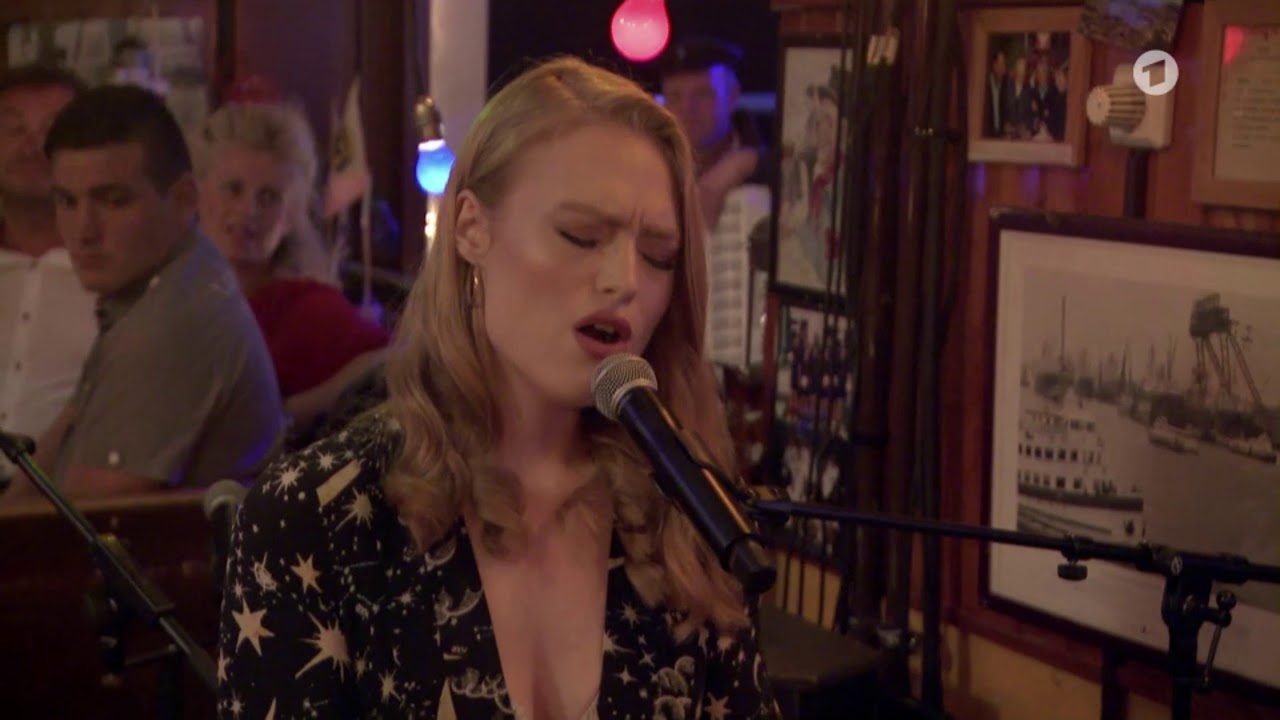 Freya Ridings - Lost Without You (Live on Inas Nacht) image