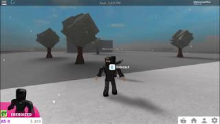 ROBBING RICH PEOPLE (Bloxburg Roblox)