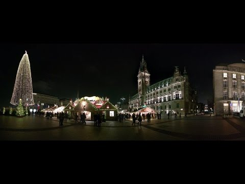 Christmas Market in Jungfernstieg & Town Hall, Hamburg, Germany