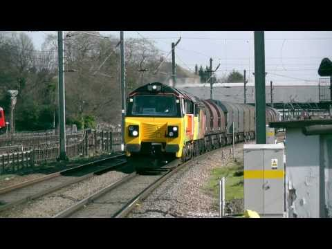 (HD) Brand New Colas Rail 70801 + 56078 Pass Ealing Broadway Working 6V62 26/2/14