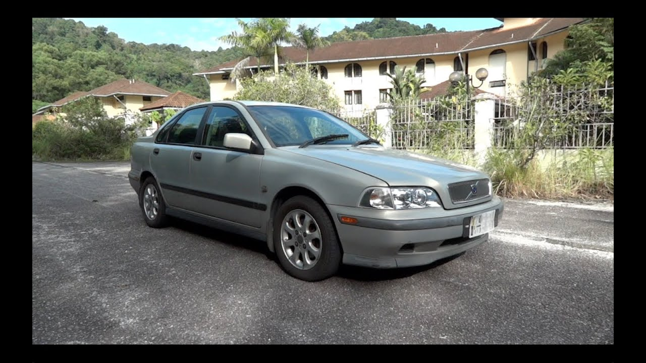 2000 Volvo S40 2.0 Start-Up, Full Vehicle Tour, and Quick Drive - YouTube