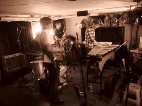 David Wright Trio with guest on Vibes, Grant Milliken at Birdland Jazzista Social Club