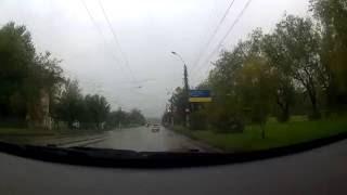 Видеорегистратор: Как ехать на машине в дождь?(Видео с регистратора показывает, как надо ехать в дождь на машине., 2016-09-19T09:15:09.000Z)