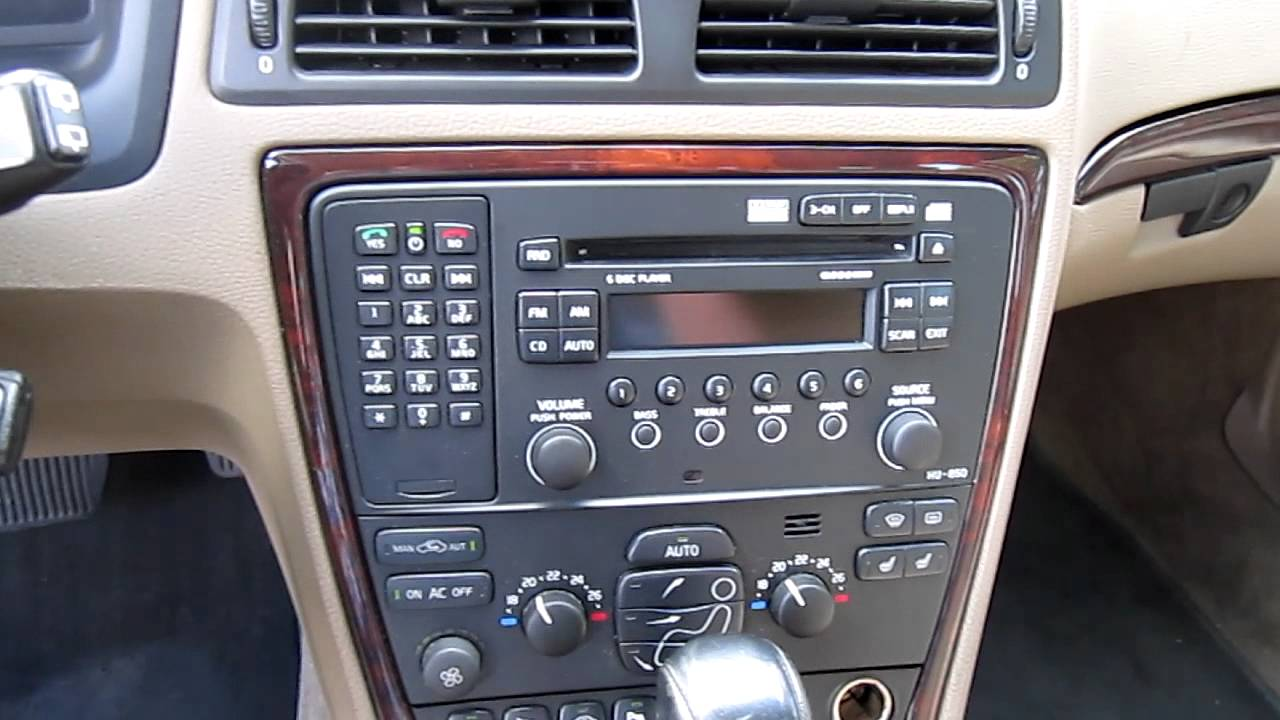 Interieur - Volvo V70 2.5 T SUMMUM Geartr. - full options - YouTube