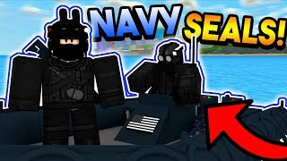 NAVY SEALS SAVE MAD CITY! (ROBLOX)