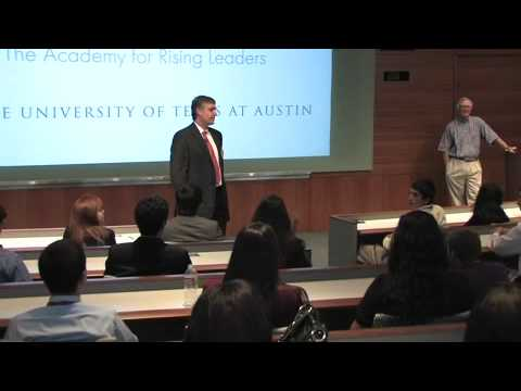 Eduardo Repetto of Dimensional Fund Advisors Speaks with Subiendo Students