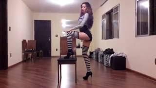 Chair dance - Coreografia Beije-me antes que eu vá