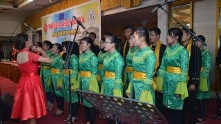 Video Paduan Suara Mahasiswa/i dewi Maya Medan download MP3, 3GP, MP4, WEBM, AVI, FLV Mei 2018