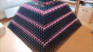 Download Biggest 3D domino pyramid fail ever - 31*31 - 19000 dominos Mp3 and Videos
