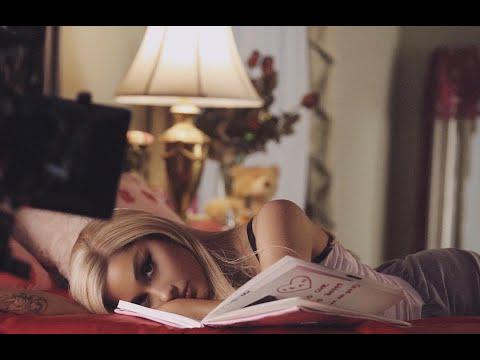 Ariana Grande - thank u, next (Music Video)