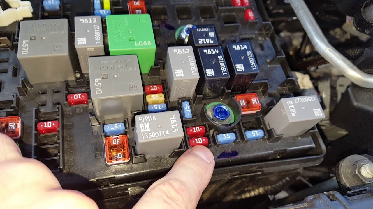 small resolution of 2018 chevy colorado ac fuse and relay location