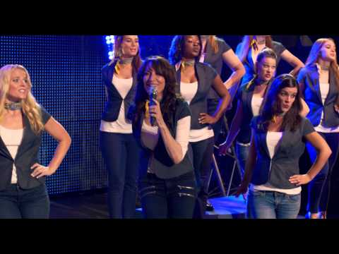 Flashlight - Barden Bellas - Pitch Perfect 2 (2015)