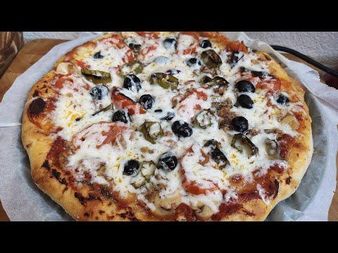 وصفة-البيتزا-بعجينة-على-الطريقة-الإيطالية-🇮🇹/-recette-pizza-maison-pâte-à-l'italienne