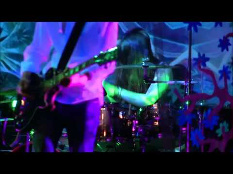 Loud Lights - Mr Bones Wild Ride (Helsinki Psych Fest)