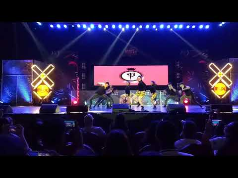 MYX Moves 2017 Grand Finals - Parris Goebel with The Royal Family (Special Number)