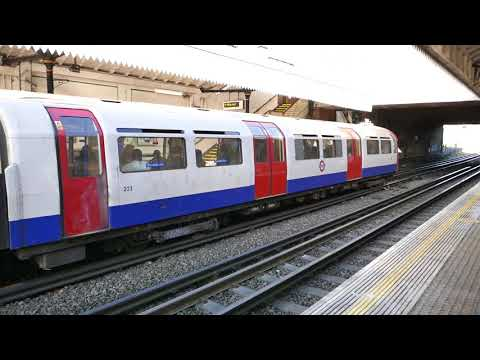London Underground Piccadilly Line 1973 Stock Trains At Boston Manor 28 December 2017
