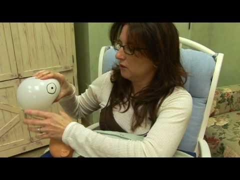 How To Breastfeed : Symmetrical \u0026 Asymmetrical Latch For Breastfeeding