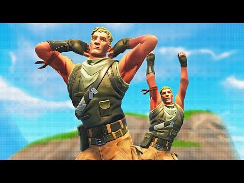 DUO DEFAULT BOT CARRIES IN FORTNITE *VERY EMOTIONAL* | Whos Chaos