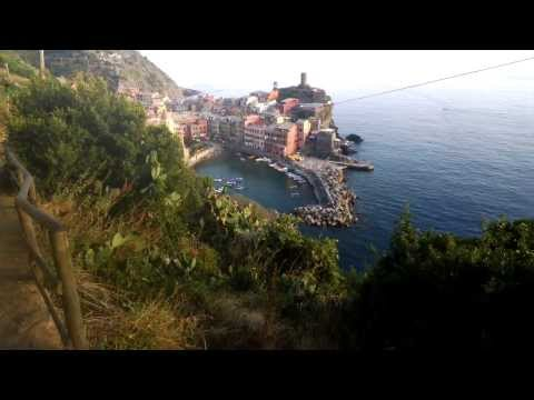 Mike Elgan Hiking into Vernazza