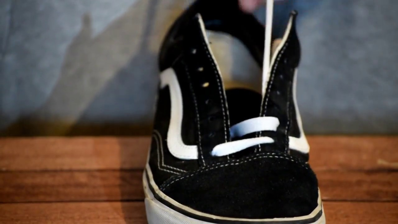 HOW TO LACE VANS OLD SKOOL (BEST WAY)