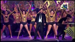Shah Rukh Khan's Grand Entry in Filmfare Awards | SRK | Karan Johar | Kapil Sharma
