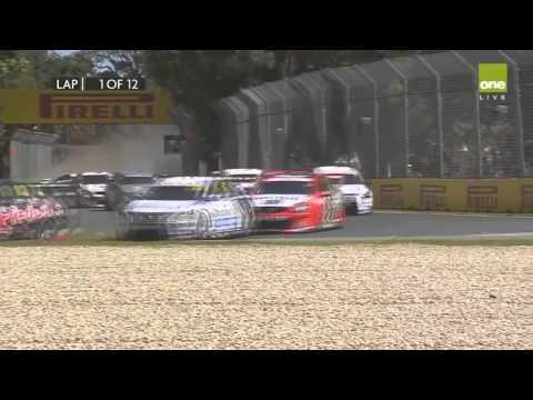V8 Supercars Albert Park 2015 Race 1 Start Ambrose, Blanchard and Walsh Crash
