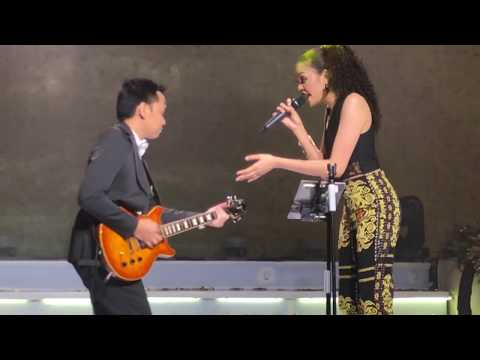 Sweet Child O'Mine – cover by Dini & Andri with Stradivari Orchestra