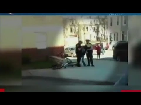 Eyewitness describes Freddie Gray's arrest