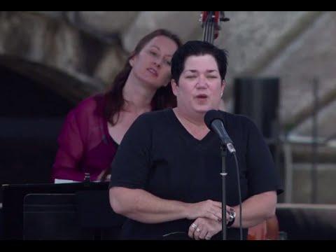 Lea DeLaria - Full Concert - 08/11/02 - Newport Jazz Festival (OFFICIAL)